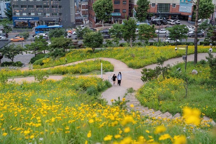 서울 도심에서 레트로 감성 즐겨볼까?