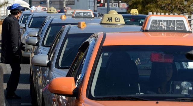 개인택시운전자들로 구성된 '차도모니터링단'이 200명에서 400명으로 늘어난다