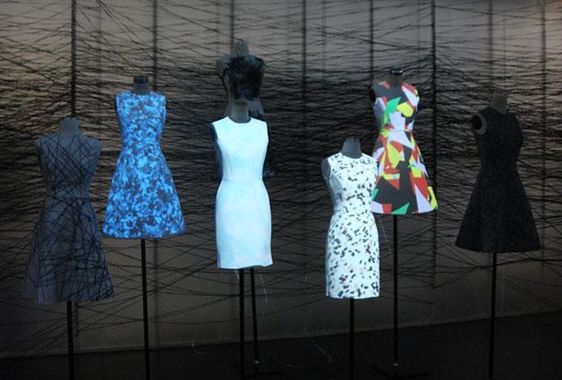 미디어아트와 패션을 융합한 CODE 작품