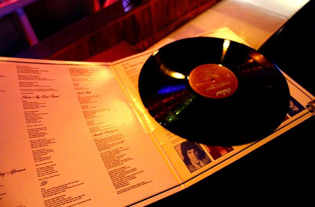 CD와는 차원이 다른 음악을 들려주는 LP