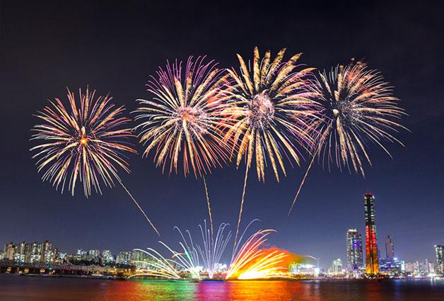 세계 각국의 불꽃을 볼 수 있는 `서울세계불꽃축제`