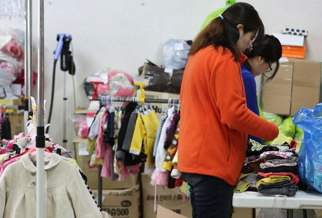 키플로 보내진 옷들은 하나하나 검수 과정을 거친다