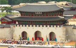 대한민국역사박물관 쪽에서 촬영한 광화문