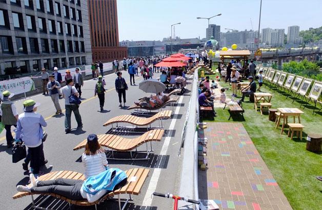5월 10일, 서울역 고가 위가 다채롭고 편안한 공원으로 변신했다