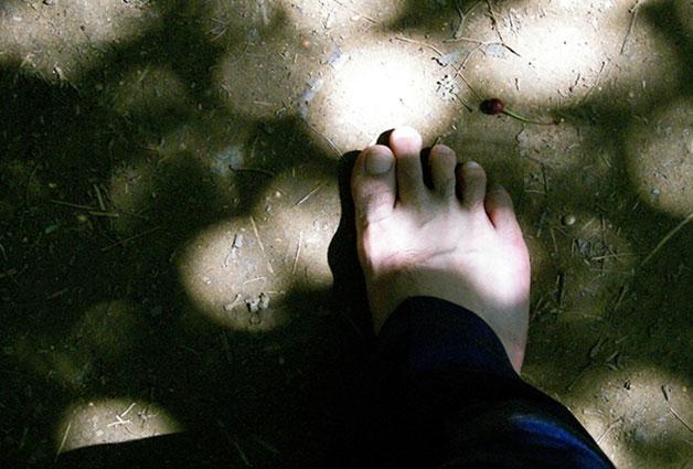 천천히 걸으면서 발바닥에 느껴지는 시원한 느낌이 참 좋다