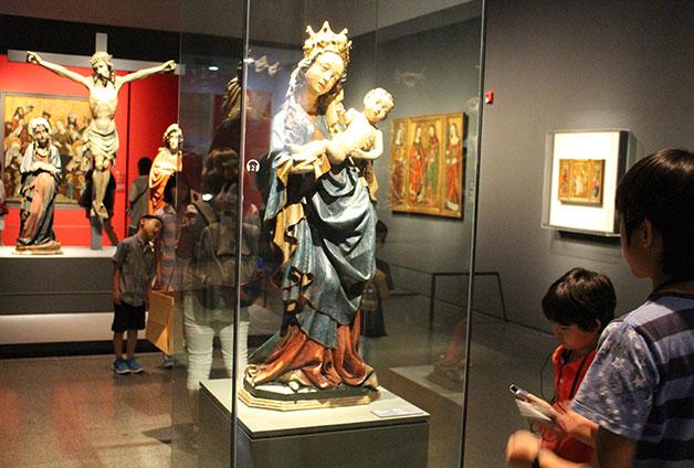동정녀 마리아와 아기 예수를 표현한 `성모자`