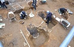 2010년 아사지노 일본 육군비행장 발굴 작업 현장