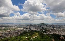 인왕산에서 바라본 서울도심과 남산ⓒCK