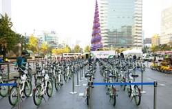 지난 17일 청계광장에서 열린 `서울시 공공자전거 따릉이 발대식`