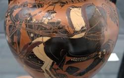 전차를 타고 있는 전쟁신 아레스와 포보스(공포). 기원전 5세기 경에 제작된 항아리에 그려져있다.ⓒ위키피디아