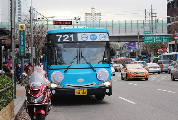 서울 시내를 누비는 타요 버스