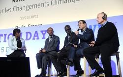 UNFCCC Action Day 패널토론에서 서울시 기후정책을 소개하고 있는 박원순 시장