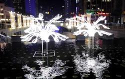 제1회 크리스마스 축제가 12월 12일부터 1월 10일까지 청계천~장통교 구간에서 진행된다.