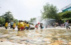 어린이대공원 `앵두나무 숲` 물놀이장