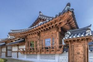 국악 전문 공연장 '서울돈화문국악당'을 거닐다
