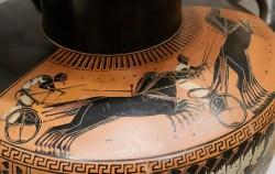 고대 그리스의 항아리에 묘사된 전차 경주 장면. 전차 경주가 올림픽의 기원이 되었다는 전설이 전해진다 ⓒWikipedia
