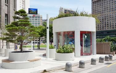 2017년 완성될 서울역 고가 보행길을 미리 체험해볼 수 있는 `서울역 7017 인포가든`