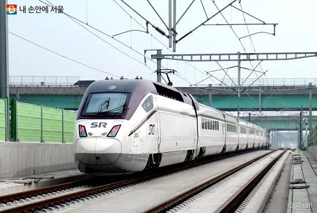 12월 9일 개통 예정인 수서고속철도 SRT차량 ⓒ(주)SR