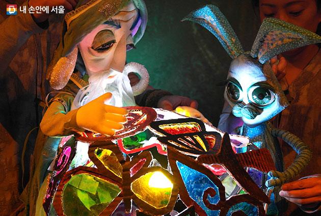 파란 토끼 룰루의 모험