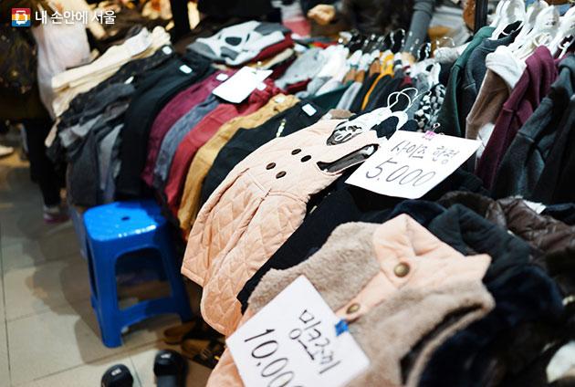 오천원, 만원으로 예쁜 옷을 득템할 수 있는 남대문시장
