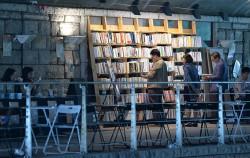 지난해 열린 청계천 헌책 산책 행사. 올해는 `청계천 헌책방거리 책 축제` 이름으로 DDP에서 열린다. ⓒnews1