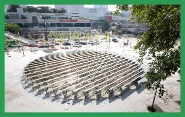 만리동광장에 설치된 공간 경험 미술작품 `윤슬`