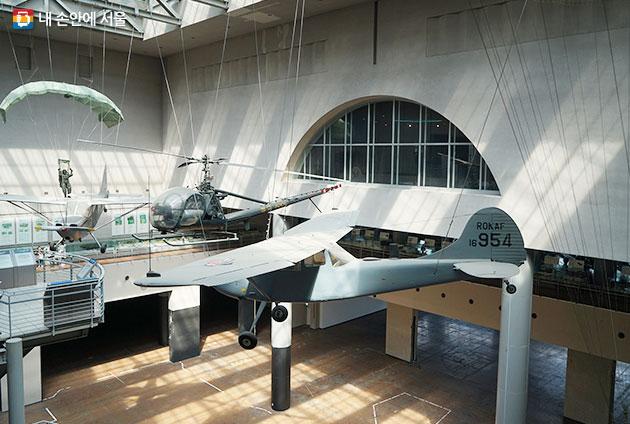 전쟁기념관은 전시 외에도 다양한 행사와 체험 프로그램을 운영한다.
