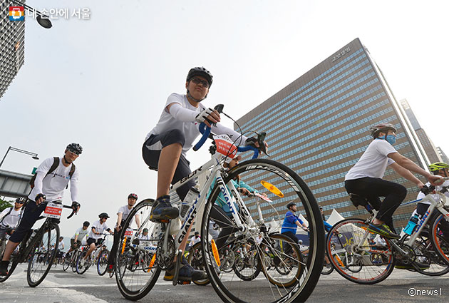 2016 서울 자전거 대행진 ⓒnews1