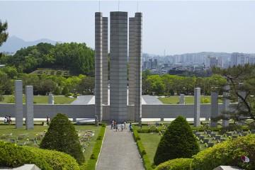 국립4.19민주묘지 기념탑