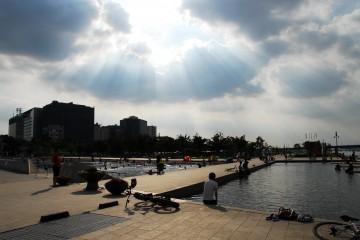마포대교 근처 물빛광장