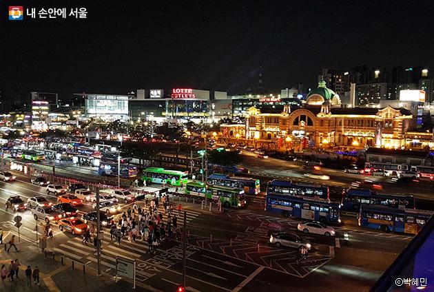 서울로 7017 야간 풍경 ⓒ박혜민