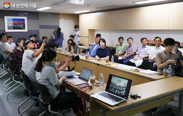 서울시는 미디어메이트가 생생한 정보를 전달할 수 있도록 각종 행사·이벤트 취재 활동을 지원한다