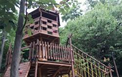 초안산 캠핑장 내에 있는 자연친화적인 모험놀이터 전경 ⓒ조영안