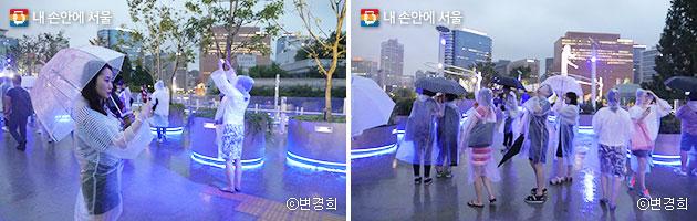 `서울로7017`의 아름다운 퐁경을 담느라 여념 없는 참여자들  ⓒ변경희