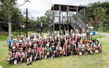 어린이기자단이 불암산더불어숲에서 숲 속 모험공간을 체험했다.