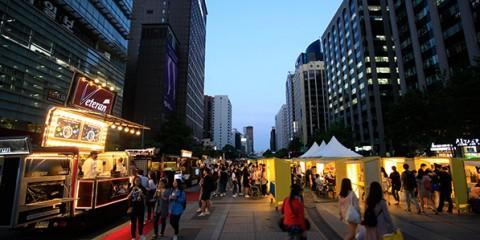 서울밤도깨비야시장 청계광장 시즌마켓 전경