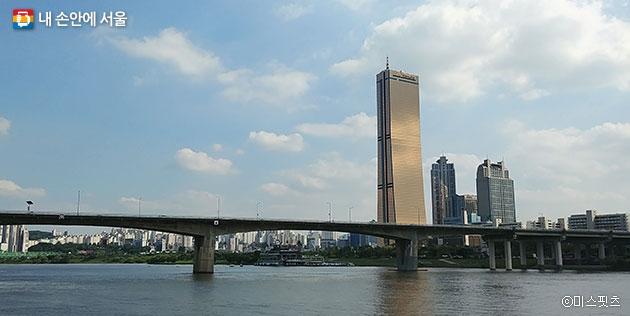 63빌딩!! I·SEOUL·U ⓒ미스핏츠