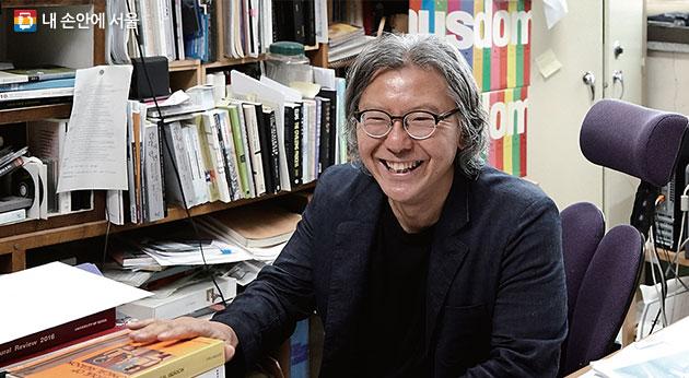 배형민 서울도시건축비엔날레 공동 총감독