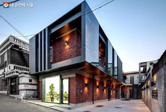 2017년 제35회 서울시 건축상 최우수상 `SOLO HOUSE`