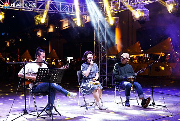 서울밤도깨비야시장@문화비축기지는 `음악이 흐르는 시장`으로 꾸며진다