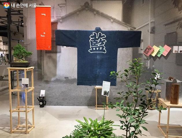 DDP 도시전 `도쿄관` 모습. 주황 발이 걸려 있는 집은 문화공간을 뜻한다