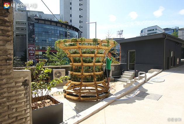 도심농원을 만들 수 있는 이케아 모듈식 가구 `그로우모어` ⓒ문청야
