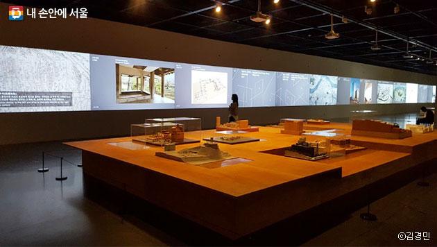 서울 도심의 15개 건축 모형들 ⓒ김경민