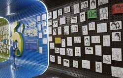 시민청 활짝라운지에서 열리고 있는 `오! 시민청 오백인전`. 시민 5백 명의 초상화와 메시지를 담고 있다. ⓒ조시승