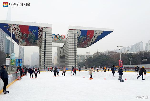 올림픽공원 스케이트장 ⓒ방윤희