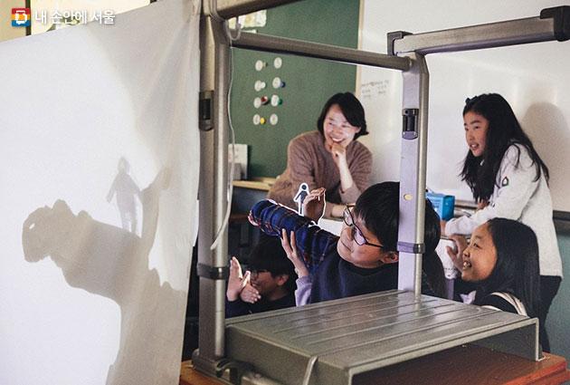 서울문화재단은 2018년 `서울형 예술가 교사`를 모집한다