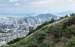 한양도성과 서울 전경ⓒ서울역사박물관