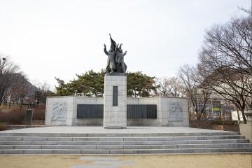 3.1 독립선언 기념탑