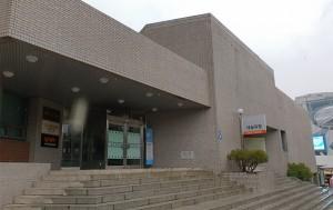 70~80년대 소극장 연극의 중심지였던 세실극장이 새롭게 문을 열었다.