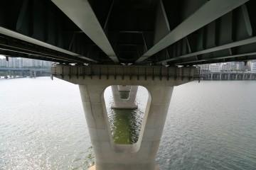 '광진교 8번가' 전망대에서 바라본 한강다리